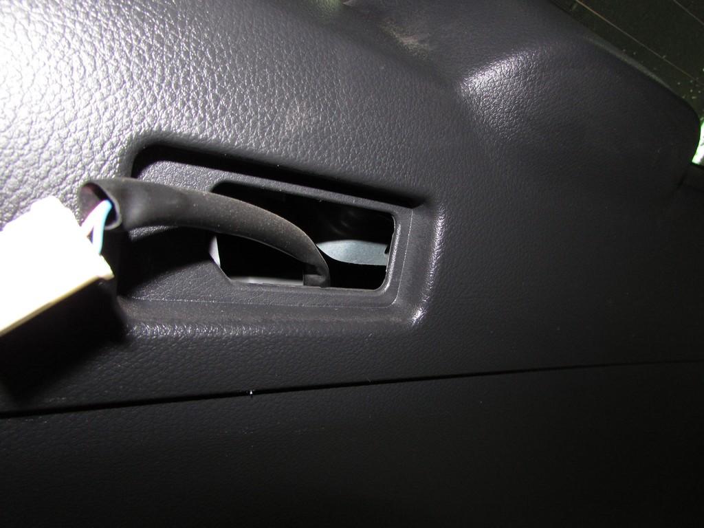 Nissan X-Trail и Sanyo ms110-a установка и подключение камеры заднего хода
